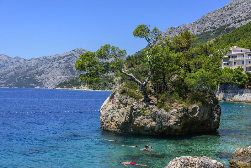 Erstaunliche Ansicht von Brela-Strand, Dalmatien, Kroatien stockbilder