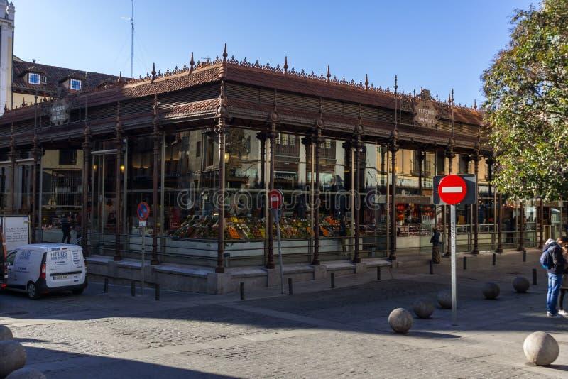 Erstaunliche Ansicht von San Miguel Market in der Stadt von Madrid, Spanien stockfotos