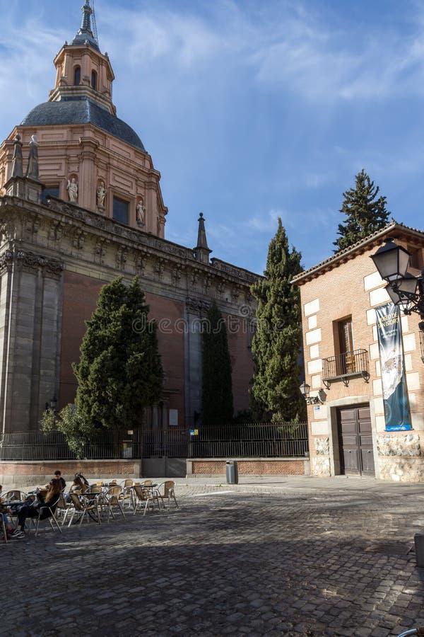 Erstaunliche Ansicht von St. Andrew Church in der Stadt von Madrid, Spanien stockfoto