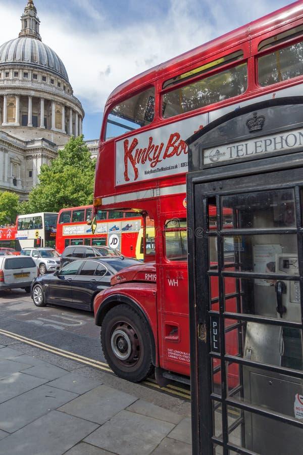 Erstaunliche Ansicht von St. Paul Cathedral in London, Großbritannien stockfoto