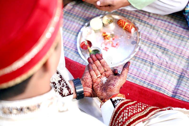 Erstaunliche hindische Hochzeitszeremonie lizenzfreies stockbild