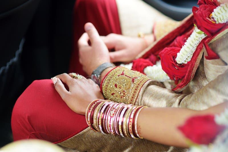 Erstaunliche hindische Hochzeitszeremonie Details der traditionellen indischen Hochzeit stockbild
