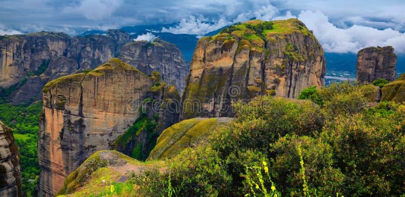 Erstaunliche Landschaft Bei Meteora Lizenzfreie Stockfotos