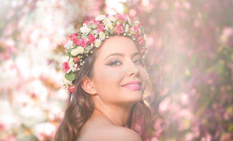 Erstaunliche Schönheit des natürlichen Frühlinges stockfotografie