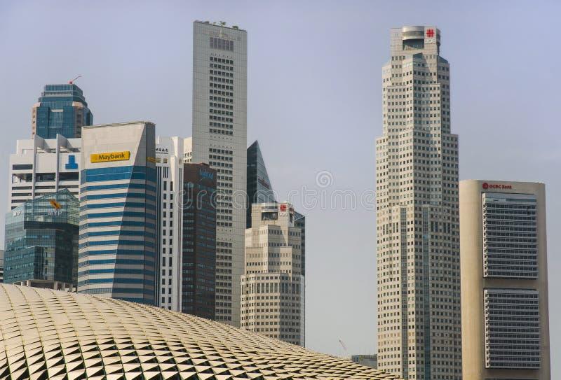 Erstaunliche und eindrucksvolle zentrale Geschäftsgebietskyline Stadtbild Singapurs CBD und Esplanade-Theater stockfoto