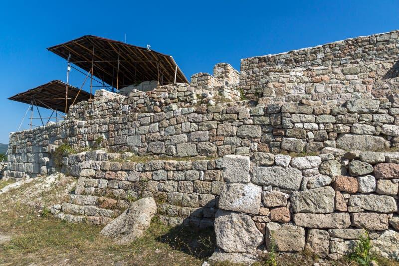 Erstaunliches Panorama antiken Thracian-Schongebiets Tatul, Kardzhali-Region stockfoto