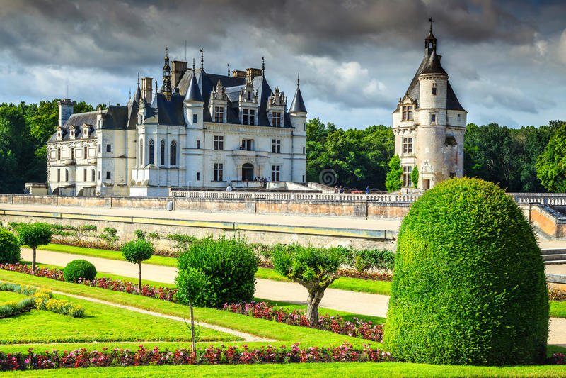 Download Erstaunliches Schloss Von Chenonceau, Loire Valley, Frankreich, Europa Stockfoto - Bild von blumen, landschaft: 90237682