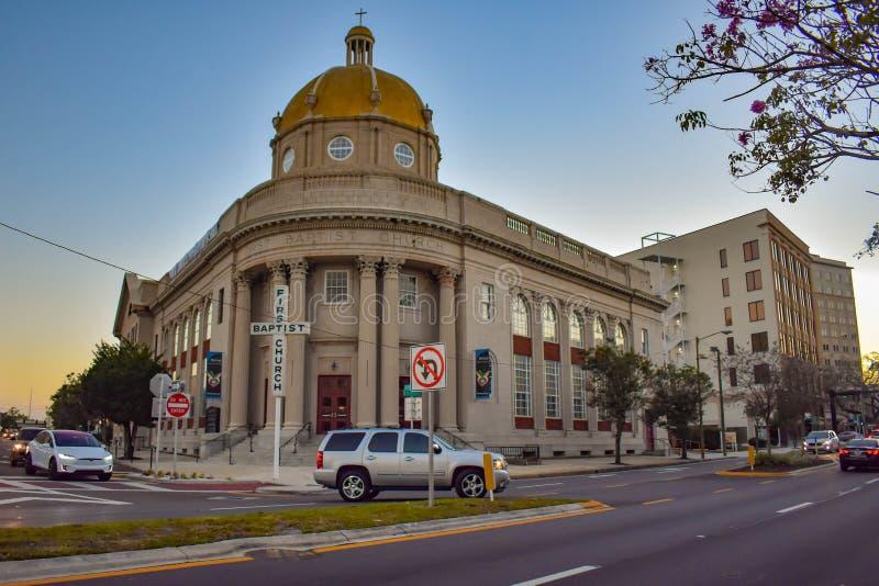 Erster Baptist Church im Stadtzentrum stockbilder
