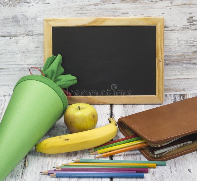 Erster Tag an der Schule lizenzfreie stockbilder