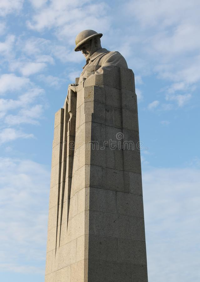 Erster Weltkrieg-kanadischer Beunruhigender Soldat Memorial An St ...