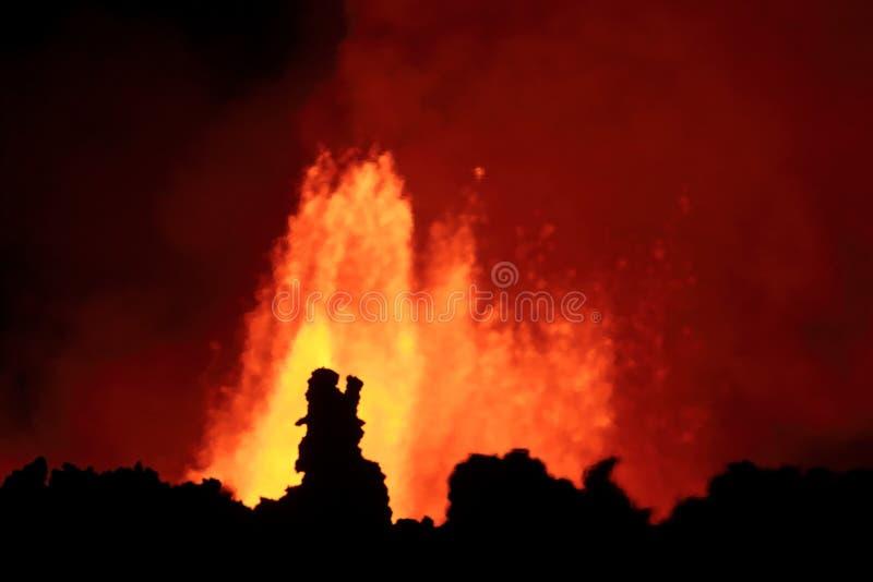 Erupção vulcânica fotos de stock