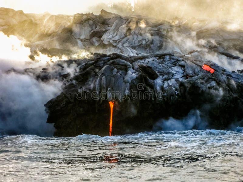 Erupción de la lava de Hawaii fotografía de archivo libre de regalías