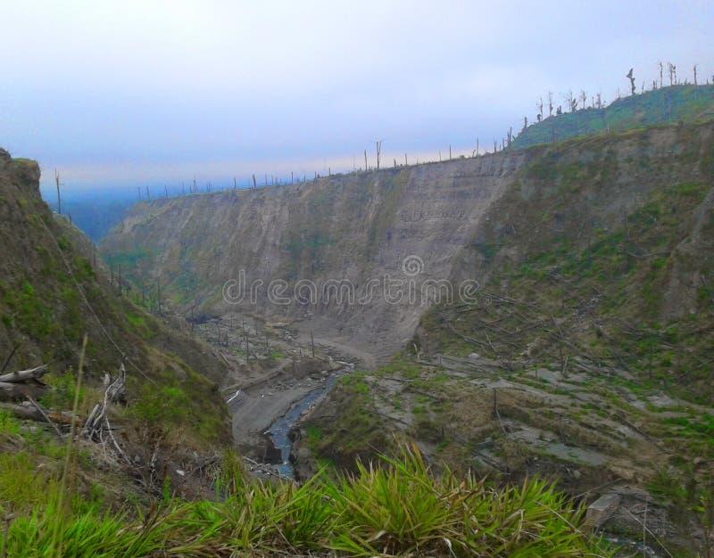 Erupción de la montaña de Merapi, Indonesia fotografía de archivo