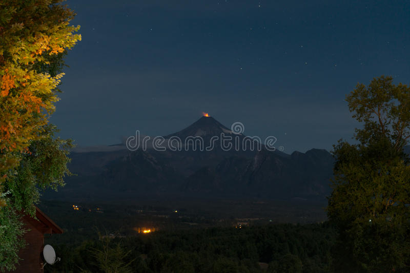 Eruption of the Villarrica volcano royalty free stock photos