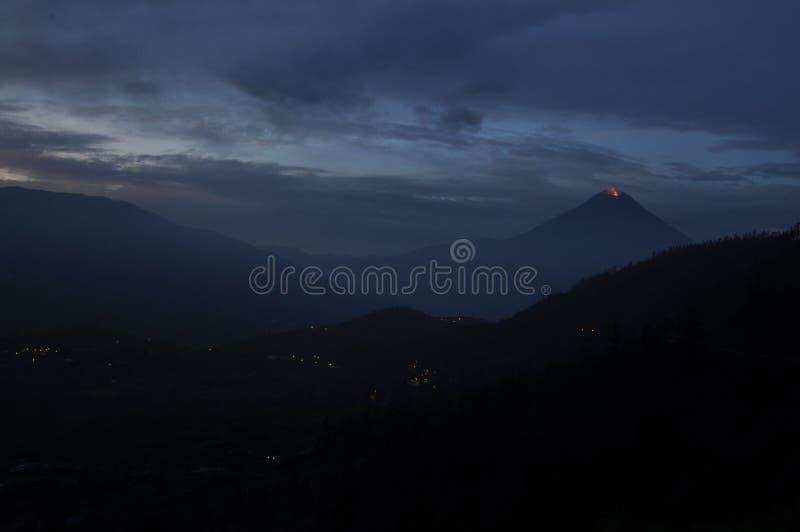 Eruption of a volcano Tungurahua royalty free stock photos