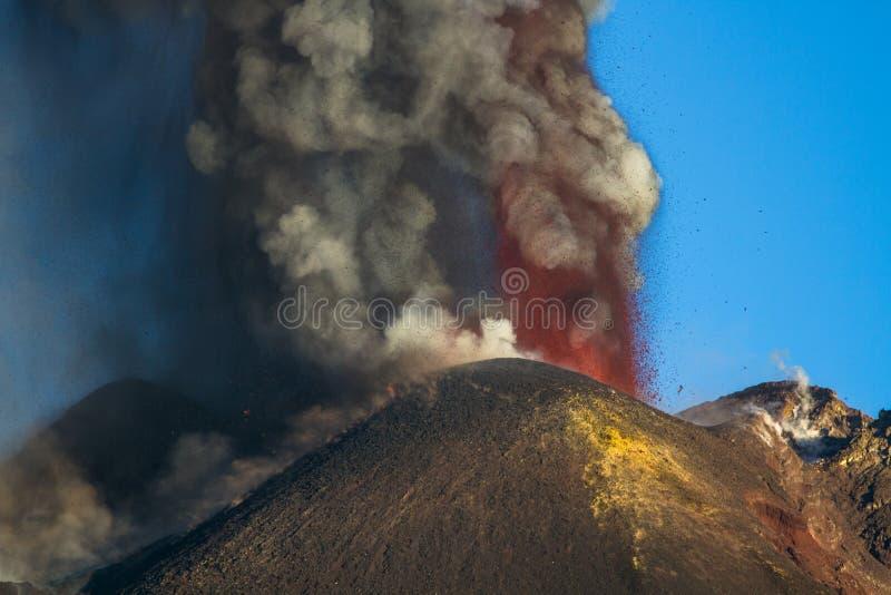 Eruzione del vulcano di Etna, fotografia stock