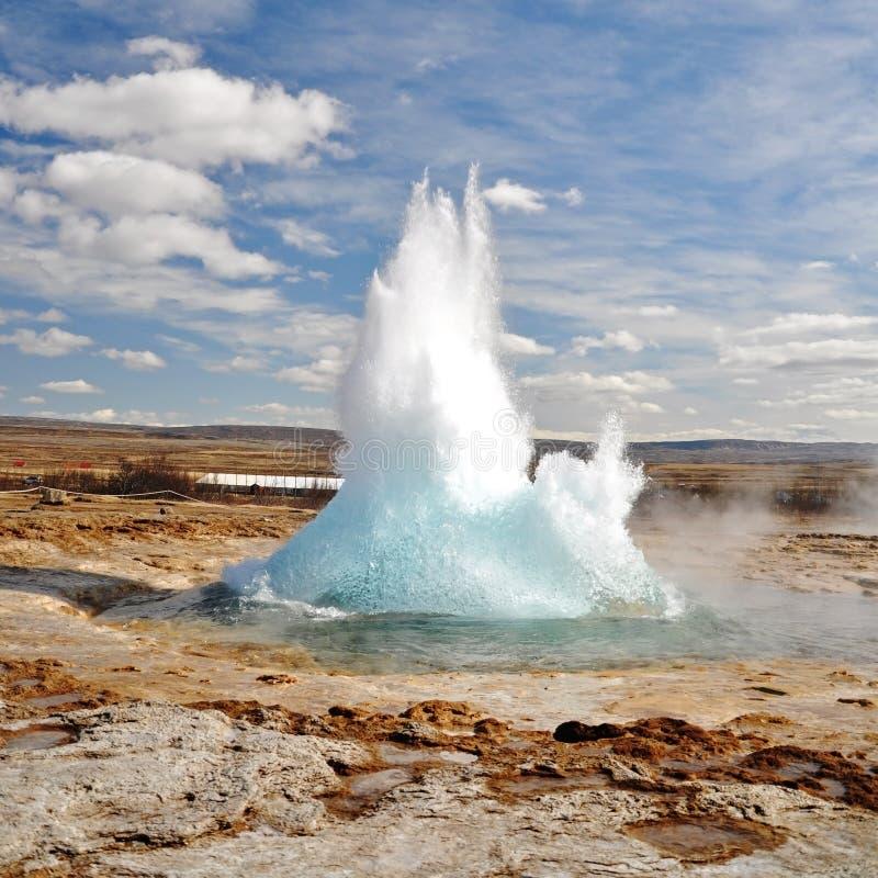 Eruzione famosa del geyser immagini stock libere da diritti
