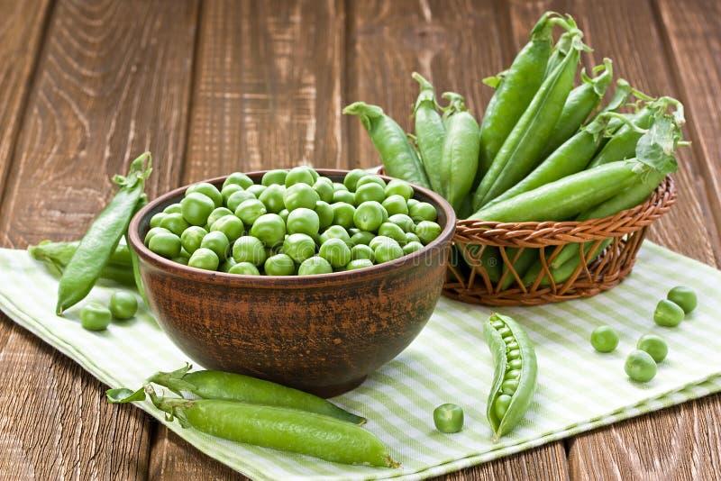 Ervilhas verdes fotos de stock