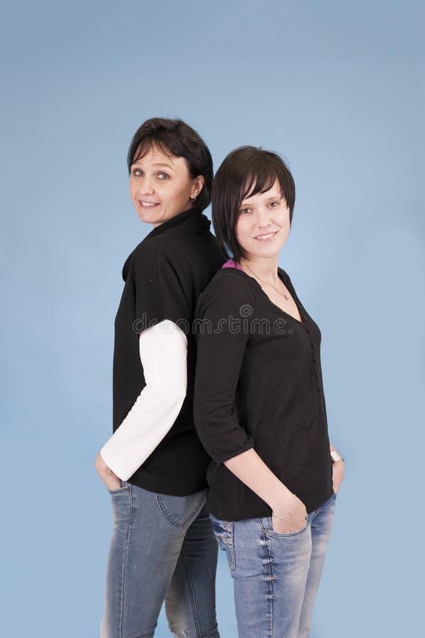 Erwachsene Schwestern stockfotografie