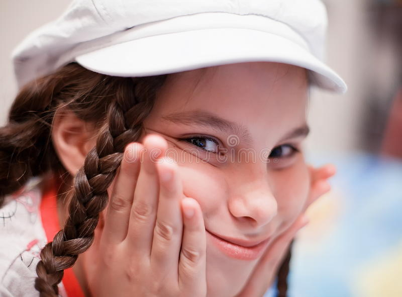 Erzwingen des Lächelns lizenzfreies stockbild