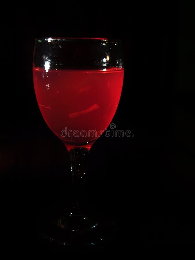 Es Campur koktajlu l?d - Galaretowy nap?j - Lukrowy deser robi? mieszana galareta i truskawkowy syrop zdjęcia royalty free