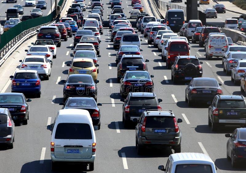 Stau und Autos starken Verkehrs Pekings stockfoto