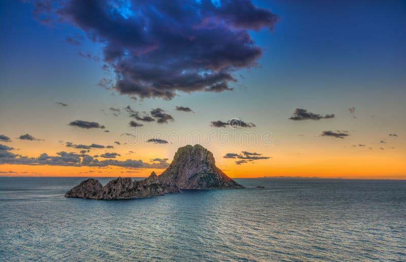 ES Vedrà ¡ -伊维萨岛- La roca 库存图片