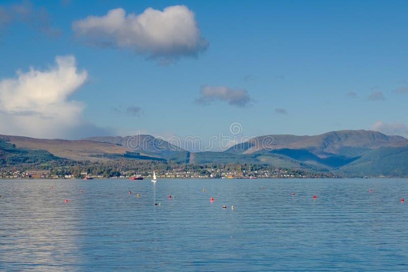 Esaminando a Dunoon da Gourock Scozia fotografia stock