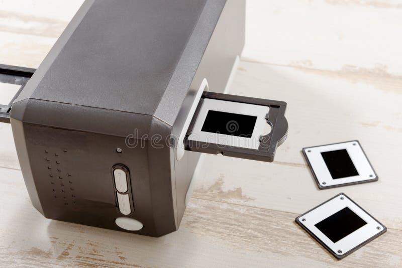 Escáner para la película y las diapositivas fotos de archivo libres de regalías