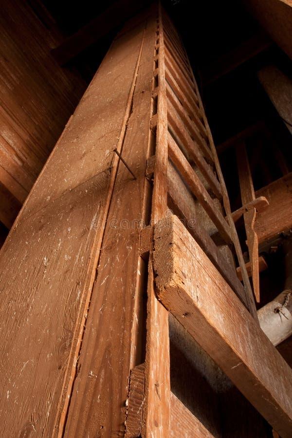 Escada à parte superior do elevador de grão fotografia de stock