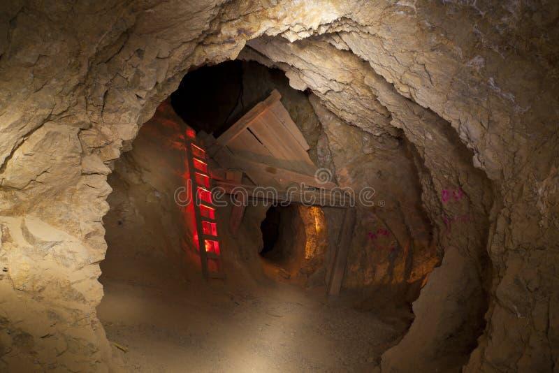 Escada da mina de ouro fotografia de stock royalty free