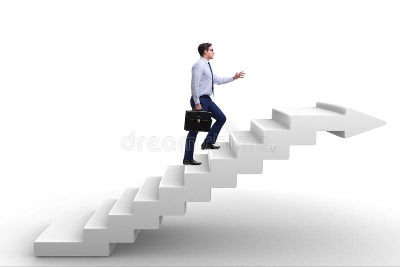A escada de escalada da carreira do homem de negócios no conceito do negócio fotos de stock