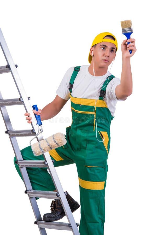 A escada de escalada do pintor novo do reparador isolada no branco foto de stock royalty free