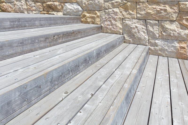 Escada de madeira fotografia de stock