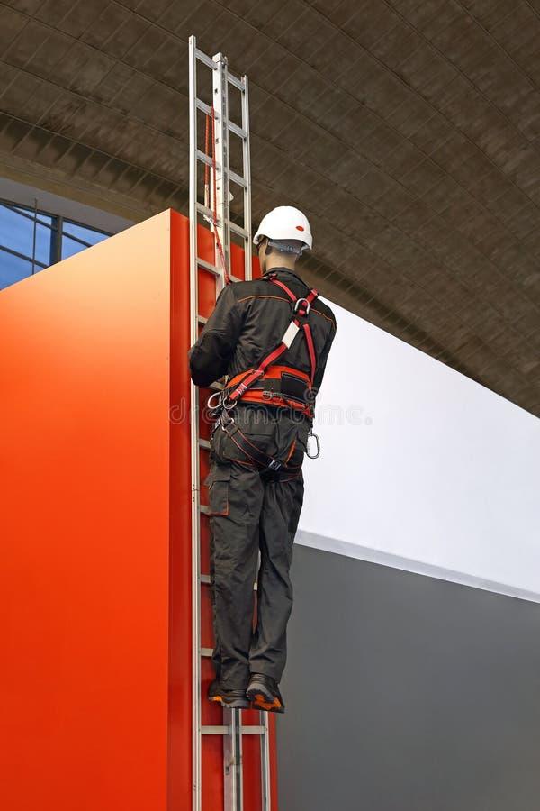 Escada do chicote de fios de segurança imagem de stock