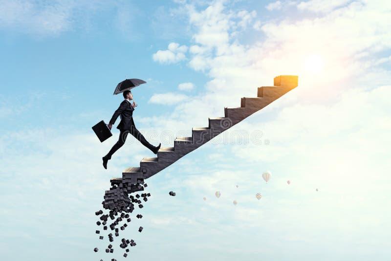 Escada do sucesso no c?u imagens de stock