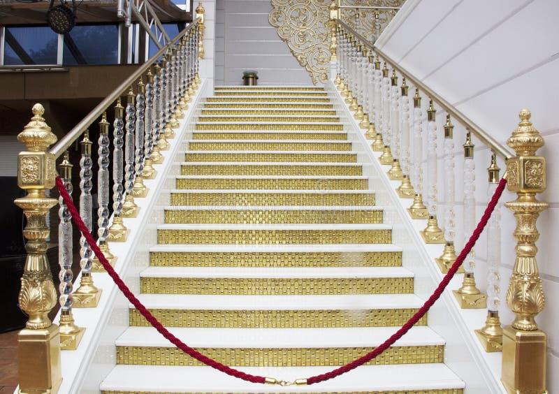 Escada dourada fotos de stock