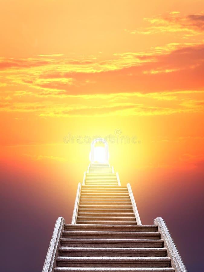 Escada que aumenta ao sol de aumentação fotos de stock