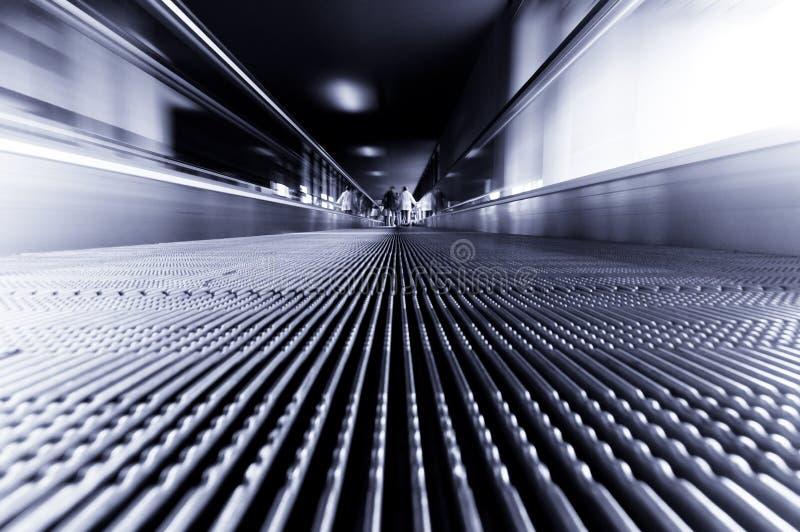 escada rolante movente imagem de stock royalty free