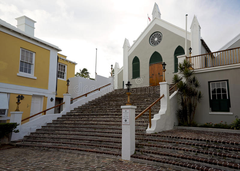 Escadaria Cobbled a St Peters Anglican Church em St George, Bermuda fotos de stock