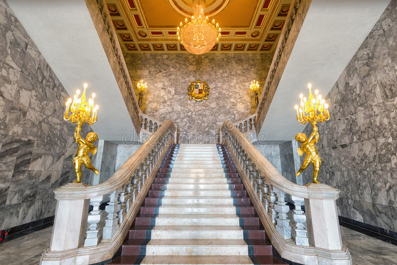 Escadaria de mármore grande imagens de stock