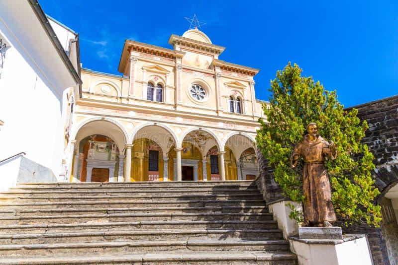 Escadaria de Madonna del Sasso Igreja, Locarno, Suíça imagem de stock royalty free