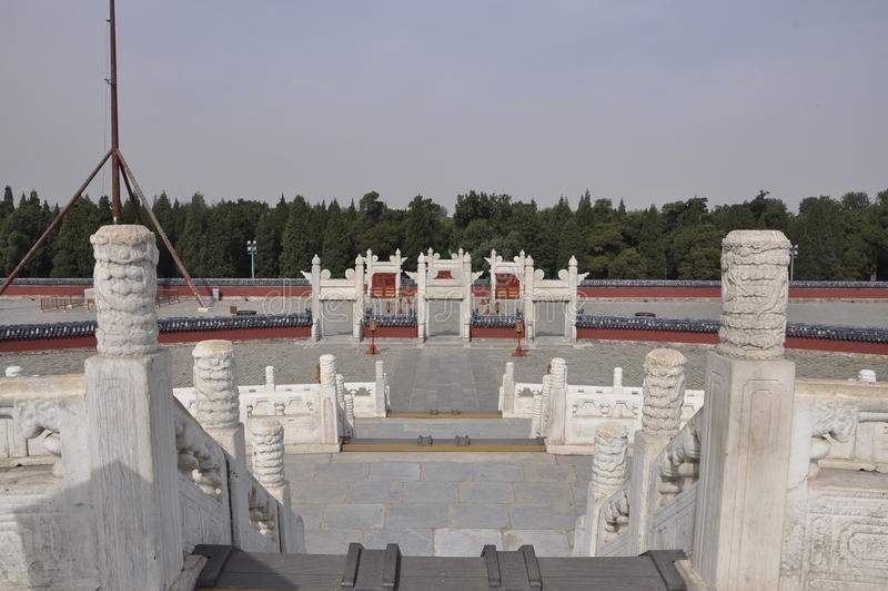 Escadaria do altar circular do monte do Templo do Céu no Pequim fotos de stock royalty free