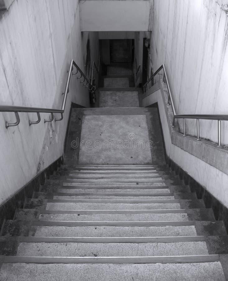 Escadaria Grimy fotos de stock royalty free