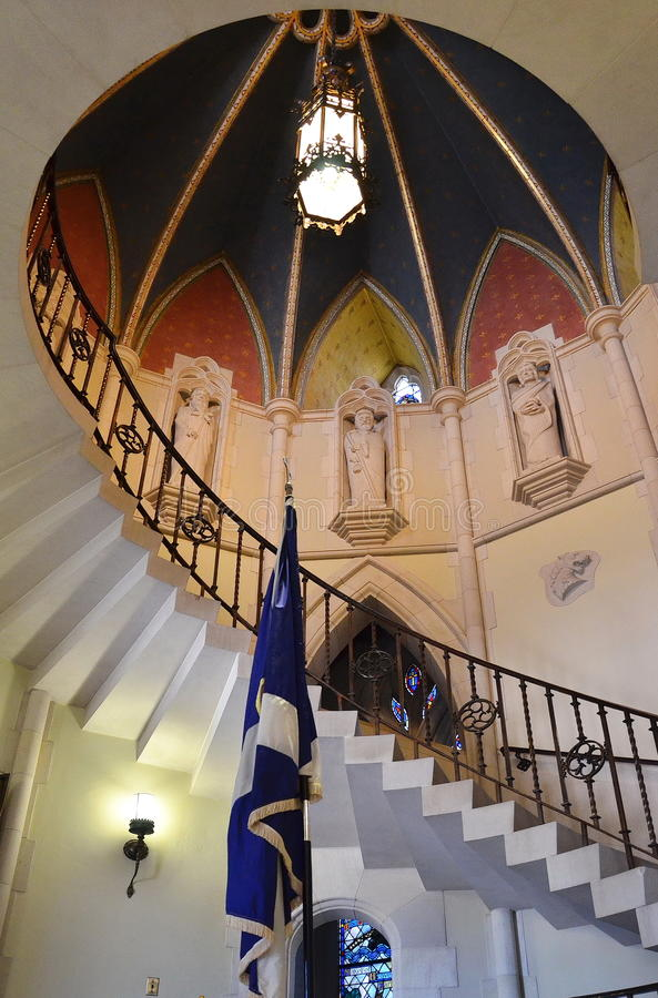 Escadaria Illusionary em uma igreja de Michigan imagem de stock
