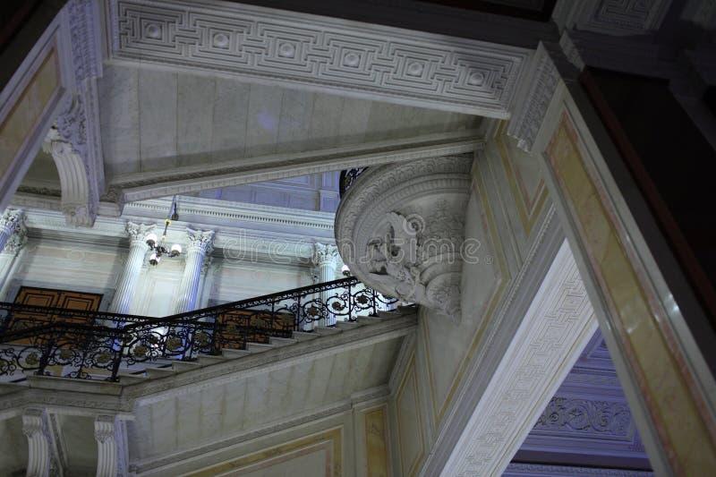 Escadaria no palácio do inverno foto de stock royalty free