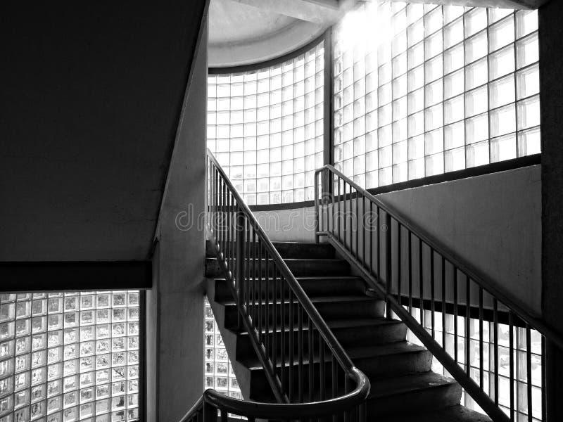 Escadaria preto e branco fotografia de stock royalty free
