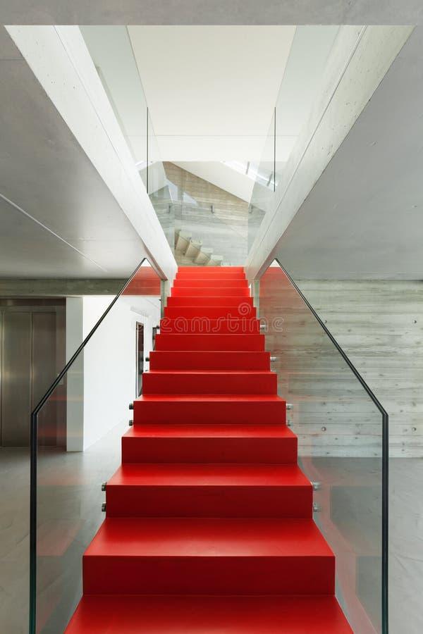 Escadaria vermelha fotografia de stock royalty free