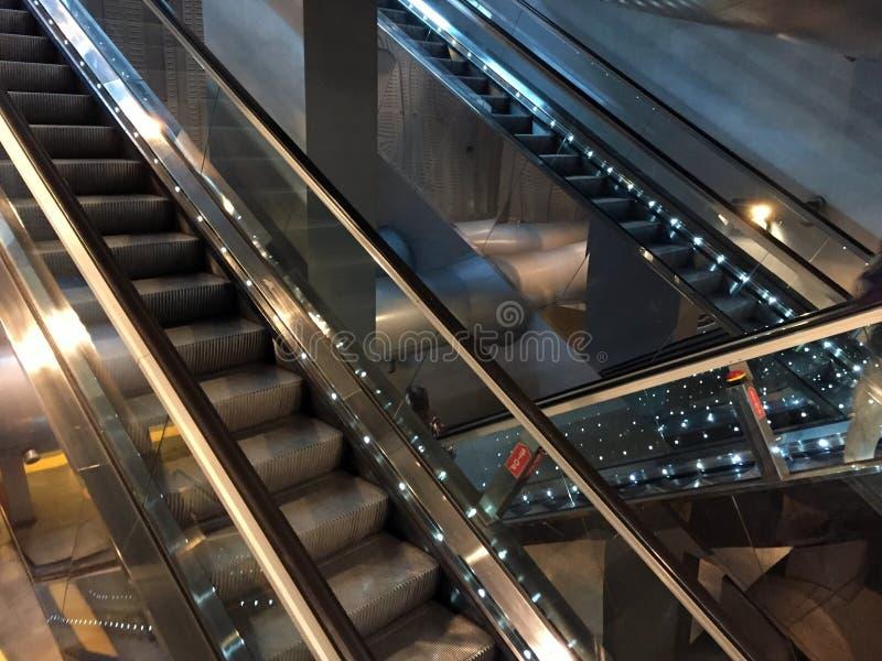 Escadarias, selva moderna foto de stock