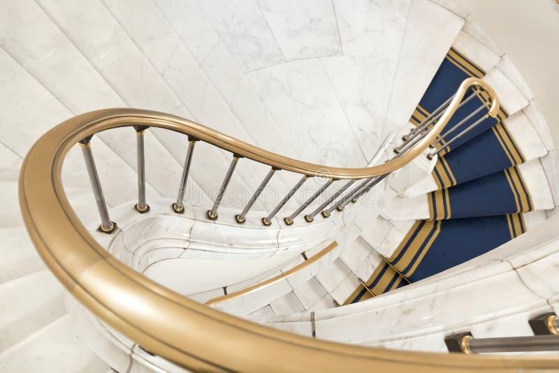 Escadas brancas. fotos de stock
